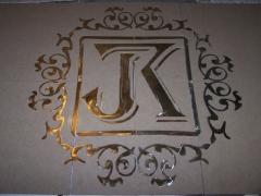 Логотип из плитки и латуни